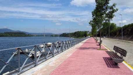 Ecopista do Rio Minho / Cycling